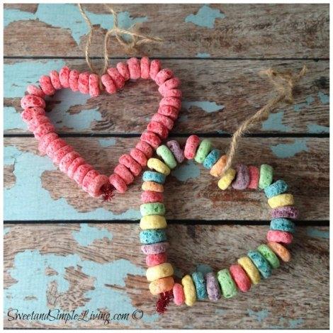 preschool-valentine-crafts-fruit-loop-bird-feeder-3